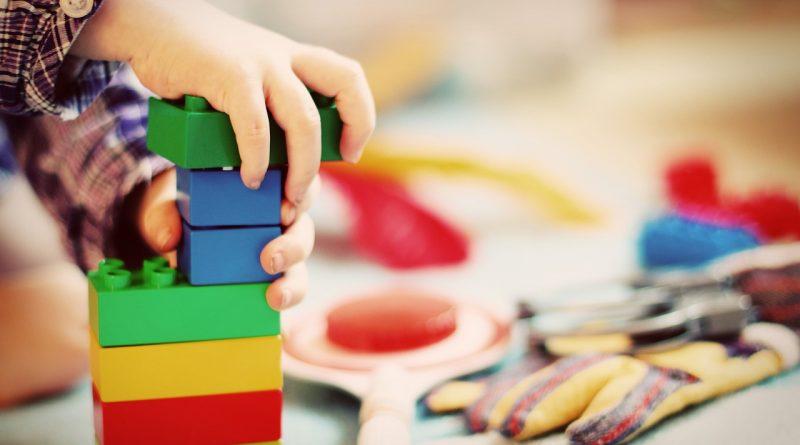 Zabawki dla dzieci: jakie kupić?