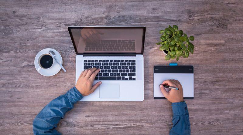 Ewidencja pracy – profesjonalne programy
