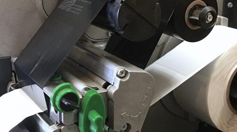 Etykiety na kable poprawiają bezpieczeństwo w pracy