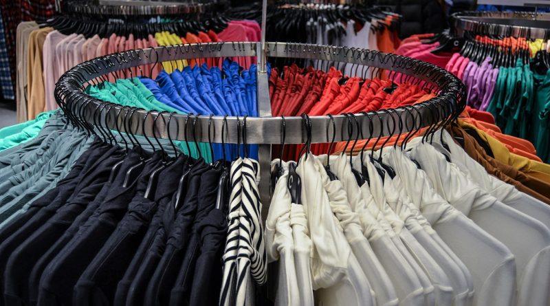 Sprzedaż odzieży przez Internet